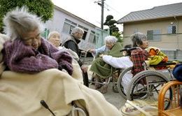 """Nhật Bản: 1.900 tỷ USD bị """"đóng băng"""" do bệnh mất trí nhớ"""