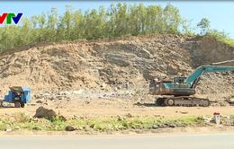 Khánh Hòa: Xuất hiện nhiều điểm khai thác đất đá trái phép ven quốc lộ 27C