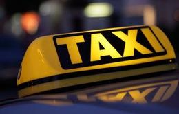Bỏ nội dung xe công nghệ phải gắn phù hiệu xe taxi