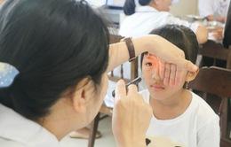 Hơn 100 trẻ khó khăn ở Tuyên Quang được mổ mắt miễn phí