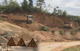 Khẩn cấp xử lý các điểm sạt lở tuyến đường Trường Sơn Đông qua Quảng Ngãi
