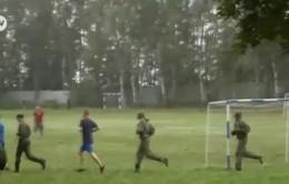 Trại hè quân sự dành cho thiếu niên Nga