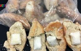 Mexico thu giữ ma túy giấu trong bánh mì