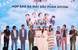 """Diễn viên Quyền Linh và Quốc Khánh tái xuất khán giả qua series """"Nè biết gì chưa 888"""""""