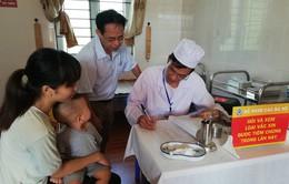 Lào Cai: Chuẩn bị tiêm vaccine Sởi – Rubella cho trẻ từ 1 đến dưới 10 tuổi