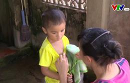 Hoàn cảnh khó khăn của gia đình cậu bé 4 tuổi trước ca mổ tim lần 2