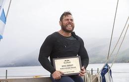 Bơi quanh nước Anh suốt 100 ngày, người đàn ông phá vỡ kỷ lục thế giới