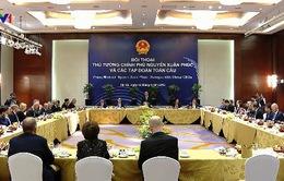 Thủ tướng đối thoại với các tập đoàn toàn cầu