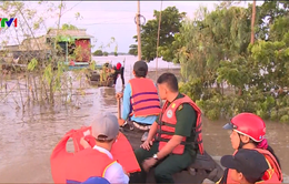 Đường đến trường của học sinh vùng lũ Đồng bằng sông Cửu Long