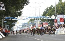 Tổng hợp chặng 12 giải xe đạp VTV Cup Tôn Hoa Sen 2018: Im Jaeyeon nhất chặng, củng cố áo xanh!