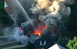 Hàng chục vụ cháy nổ làm rung chuyển thành phố Boston, Mỹ