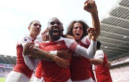 Lacazette tỏa sáng, Arsenal đánh bại Cardiff sau cuộc rượt đuổi tỷ số