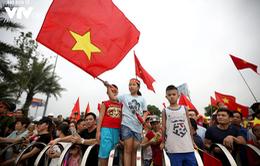 Rực sắc đỏ từ Nội Bài về Mỹ Đình chào đón Olympic Việt Nam trở về từ ASIAD 2018