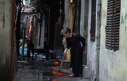 Hiện trường vụ cháy ở phố Đê La Thành: Tan hoang cửa nhà