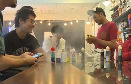 Báo động giới trẻ Mỹ hút thuốc lá điện tử có chứa cần sa