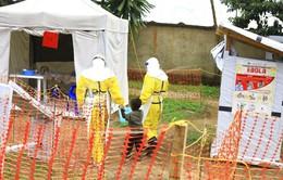 """Bạo lực và hỗn loạn """"tiếp tay"""" cho dịch Ebola bùng phát tại Congo"""