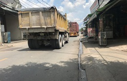 Xử phạt nhiều xe tải trọng lớn lưu thông vào giờ cấm tại quận 9, TP.HCM