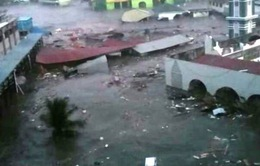 Sóng thần gây thương vong lớn tại Indonesia