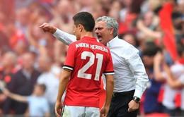 Man Utd sắp mất trắng ngôi sao vì chậm chạp