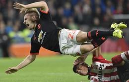 Nhận giải Cầu thủ của tháng, Luke Shaw nhớ lại thời khắc kinh hoàng