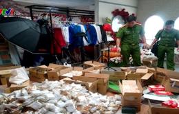 Cần Thơ phát hiện hàng nghìn bánh Trung thu không rõ nguồn gốc