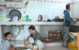 Hỗ trợ người dân vùng thiên tai xây dựng nhà chống bão
