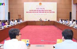Đại biểu Quốc hội thảo luận, góp ý Dự thảo Luật Giáo dục đại học
