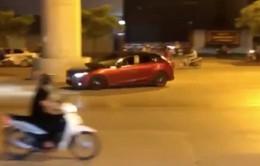 Đã xác định chủ nhân chiếc xe ô tô lạng lách, đánh võng trên phố Hà Nội