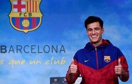 Cổ động viên Man Utd chế giễu Barcelona chiêu mộ Coutinho