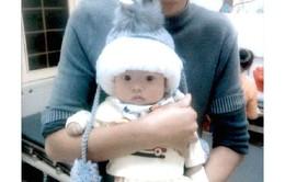 Bố mẹ đem đặt sổ đổ lo cho con gái 6 tháng tuổi mổ tim