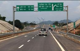Xử phạt gần 4.500 trường hợp vi phạm trên cao tốc Nội Bài - Lào Cai