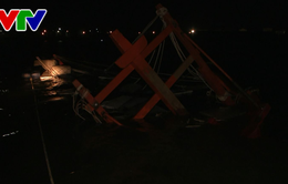 Bộ đội biên phòng cứu 2 ngư dân Bình Định bị chìm tàu