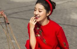 Á hậu Huyền My khoe vẻ đẹp nền nã trong trang phục áo dài cách tân