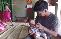 Xót thương cảnh con thơ khát sữa mẹ