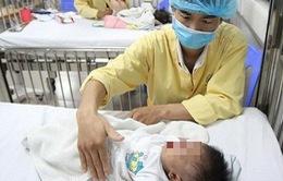 Không tự ý dùng kháng sinh cho trẻ bị cúm mùa