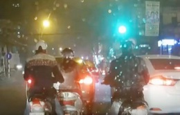 Dàn cảnh cướp tài sản công khai trên đường phố Hà Nội