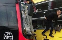 Hai xe khách đâm đối đầu trên Quốc lộ 37, nhiều người bị thương