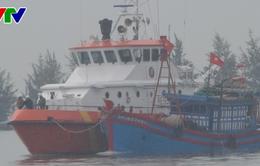 Cứu nạn thành công tàu cá Quảng Nam và 4 thuyền viên gặp nạn trên biển