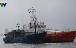 Cứu nạn thành công tàu cá Quảng Bình cùng 11 thuyền viên gặp nạn trên biển