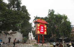 Hà Nội yêu cầu tháo dỡ đồng hồ đếm ngược khỏi di tích đền Bà Kiệu