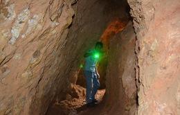 Xử lý nghiêm, làm rõ trách nhiệm vụ địa đạo khai thác vàng trái phép ở Kon Tum