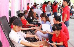 """""""Chủ nhật đỏ"""" đạt kỷ lục với hơn 42.000 đơn vị máu"""