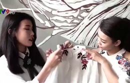 Tuyệt chiêu làm mới áo sơ mi bằng hoa thêu