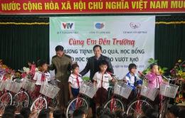 Món quà đầu năm đến với các em học sinh Quảng Trị