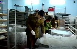 Kiểm tra đột xuất các cơ sở sản xuất nước giải khát tại Hà Nội