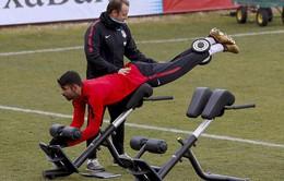 """Diego Costa """"hùng hục"""" tập luyện chờ ngày tái xuất"""