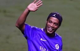 Người hâm mộ Brazil nuối tiếc về việc Ronaldinho giải nghệ