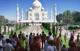 Ấn Độ giới hạn du khách đến Taj Mahal