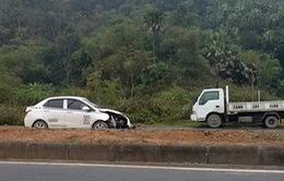 Khởi tố vụ ô tô tông 5 công nhân làm đường tử vong