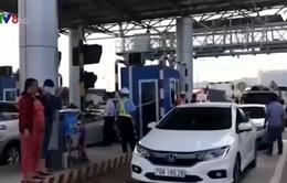 Liên tục xả trạm thu phí BOT Ninh An, Khánh Hòa
